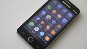Samsung Z1 front